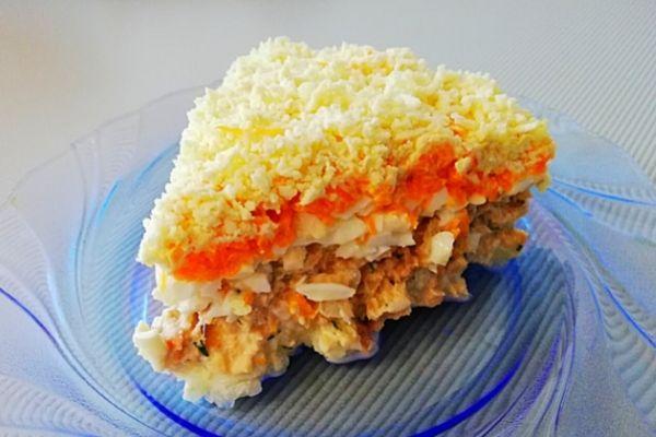 Салат Мимоза с рыбными консервами. Подробный, пошаговый рецепт