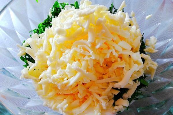 Трем сыр для закусочного торта