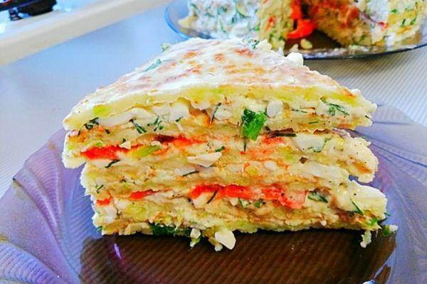 Закусочный торт из кабачков с помидорами и сыром